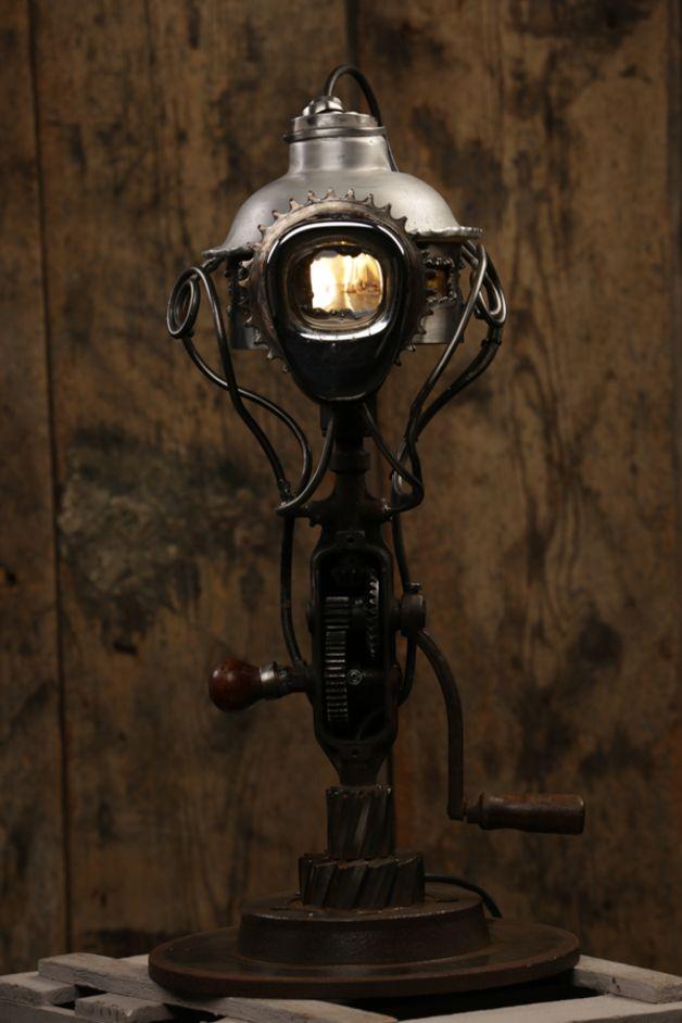 Tischlampen - Kopfkino- Stehlampe   für den trendbewussten Zeitr - ein Designerstück von Schallmoversum bei DaWanda