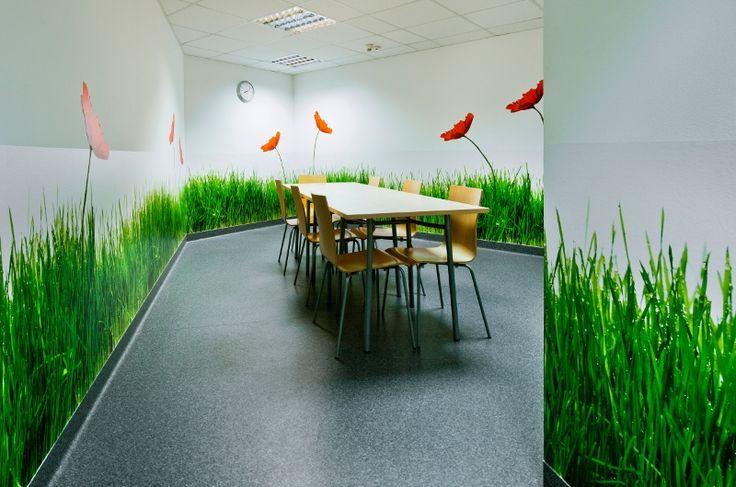 Kuchnia zaprojektowana i zrealizowana dla Lionbridge Poland Sp. z o.o.w biurowcu Tajfun Warszawa