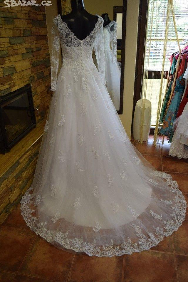 Výsledek obrázku pro krajkové svatební šaty