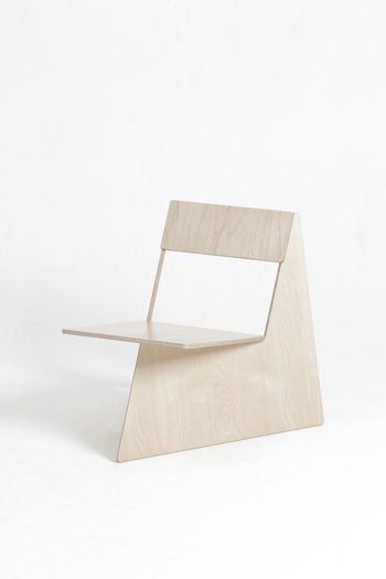 SEUNGJI MUN    Four Brothers a series of chairs made from a single sheet of plywood by Seungji Mun