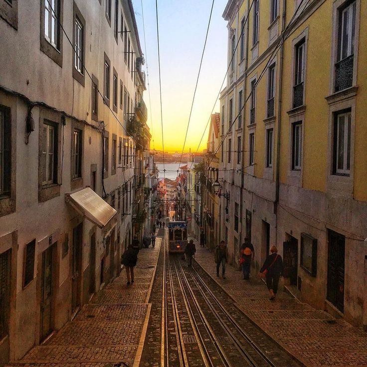 What an awesome Day in Lisbon. Looking forward to a great day tomorrow @ Websummit & the Alpha Program with our Startup socialtelligence.io & Product: HiCandidate. Meet us @ the Exhibition Hall A527.  ________ #Websummit #Alpha #WebsummitAlpha #Lisbon #Lissabon #Lisboa  #Sunset #Socialtelligence #HiCandidate #SocialtelligenceIo #SocialtelligenceGmbH