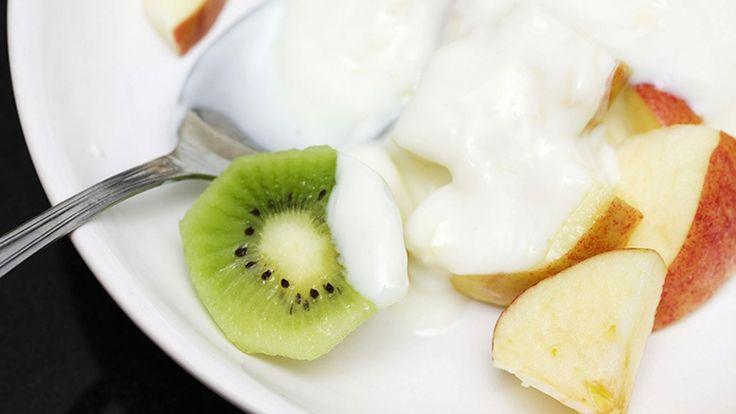 Apple & kiwi yoghurt