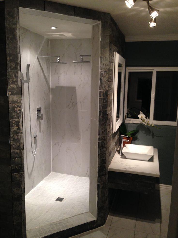 The 25 best shower no doors ideas on pinterest open small bathrooms walk in bathroom showers - Walk in shower no door ...