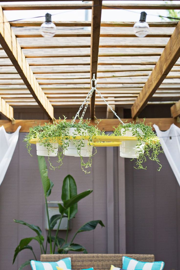 How cool is this DIY plant chandelier