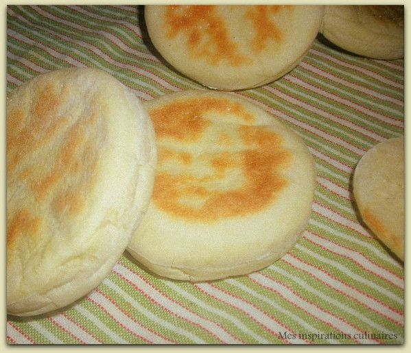 batbout, small moroccan bread, can be used for Sandwiches, Burgers or just dipped in Olive Oil