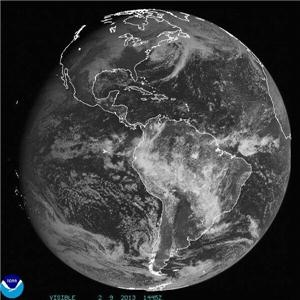 Here's the #blizzard from 20,000 miles up in space. Inflow still streaming in from the Caribbean. http://pbs.twimg.com/media/BCrp3XgCMAAje4O.jpg