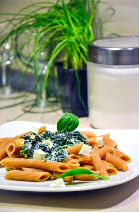http://sokzycia.pl/makaron-ze-szpinakiem/ #spinach #szpinak #pasta #garlic #makaron #czosnek #diner #obiad #food #goodidea