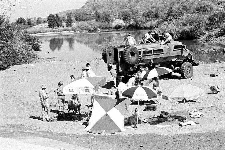Picnic on the Kunene river. | Koevoet families at Ruacana ne… | Flickr - Photo Sharing!