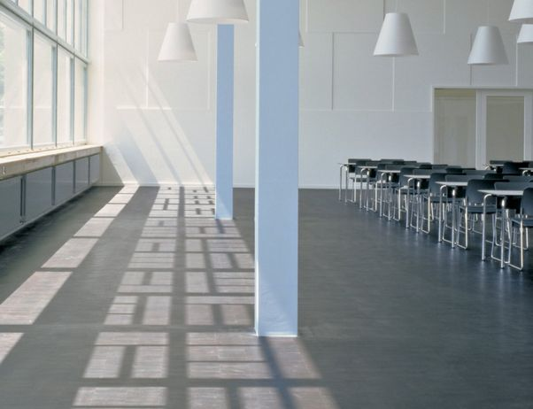 #elzap #meblebiurowe #meble #furniture #poland #warsaw #krakow #katowice #office #design #officedesign #fittedcarpet #space #interior #lamps #chairs www.elzap.eu
