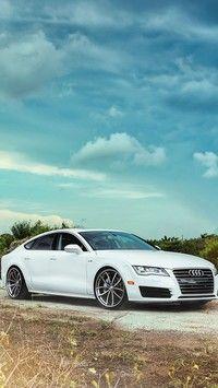 Białe Audi A7