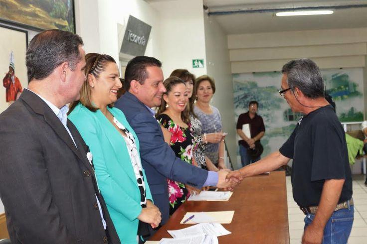 En Cuauhtémoc entregan microcréditos a madres solteras y emprendedores