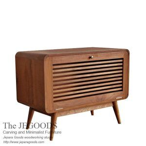We produce #retrofurniture made of teak Indonesia, best traditional hand made construction. Jepara Goods side table retro #scandinaviafurniture teak at low price.