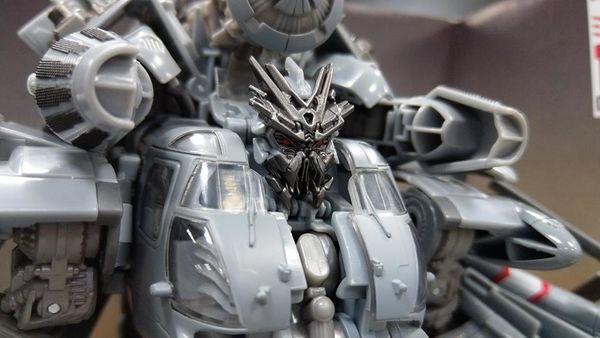 Studio Series Leader Class Blackout - In-Hand Images Of Impressive New Mold Of 2007 #Transformers Movie Character