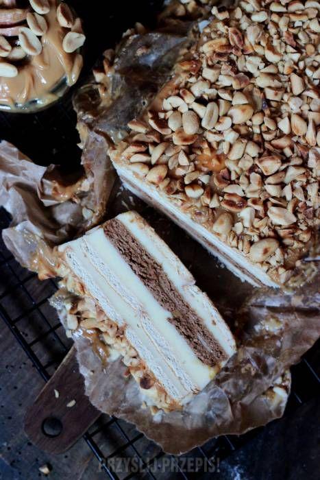 SNICKERS BEZ PIECZENIA  - ciasto na herbatnikach z kremem z mleka w proszku