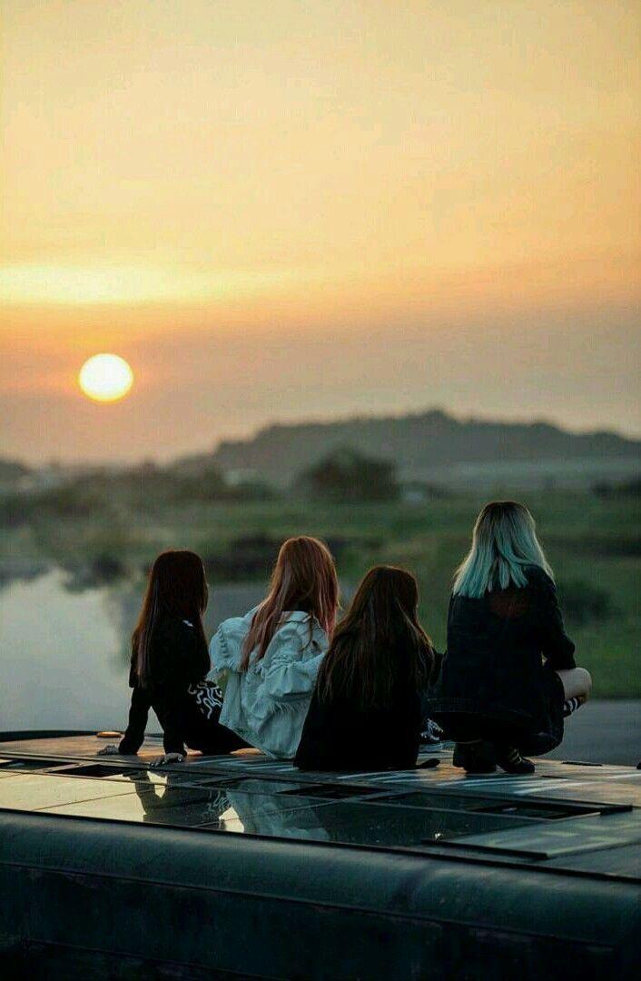 Lisa, Jisoo, Jennie and Rosé ❤️