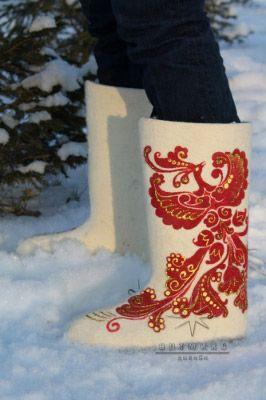 Уютная обувь как подарок № 10 Феникс. Бок. Стоимость такой модели 6.500 ₽ валенки с росписью, дизайнерские валенки, валенки ручной работы, купить валенки +в спб, красивые валенки, хорошие валенки, современные валенки,  валенки