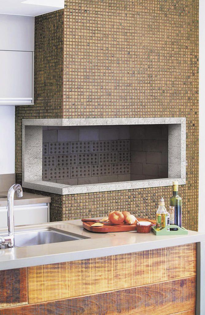 Conheça alguns modelos de Revestimento para Churrasqueira e inspire-se para construir ou reformar a sua churrasqueira.