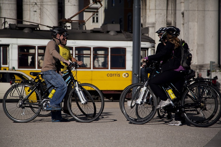 Lisbon Delish City Bike Day Trip by the river Tagus