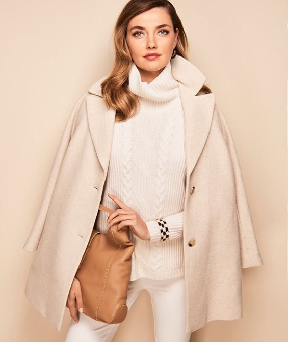 Feminine and refined, a timeless diamond wool coat for a soft, neutral look.