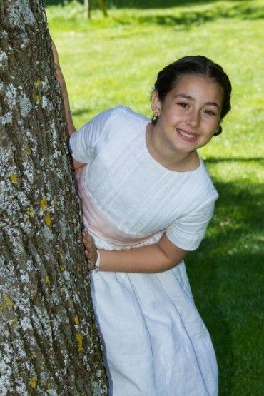 vestido de comunion para niña alta con escote semibarco