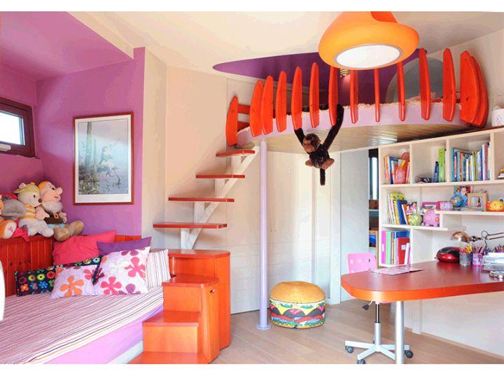 Μια πρωτότυπη ιδέα για το δωμάτιο της μικρής σας πριγκίπισσας από την Tazlab Architects. Διαλέξτε τα χρώματα του δωματίου της μέσα από το πλούσιο χρωματολόγιο της Χρωτέχ. Δεν έχετε έμπνευση και θέλετε ιδέες για την επιλογή χρωμάτων του δωματίου; Στείλτε μας στο info@macon.gr φωτογραφίες του χώρου, και η διακοσμήτρια της εταιρίας Χρωτέχ θα σας απαντήσει άμεσα με την δική της πρόταση!