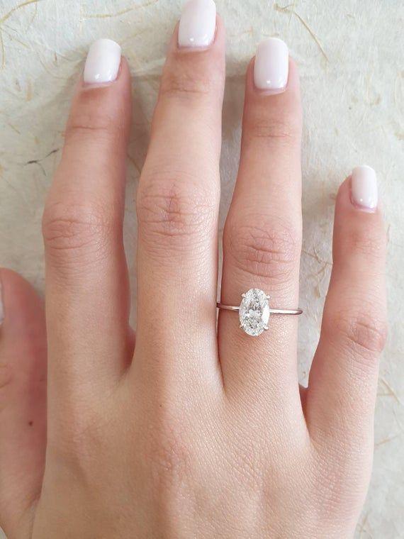 Oval Diamond Engagement Ring 1 Carat Oval Shape 18k White Etsy Oval Diamond Engagement Ring Oval Diamond Engagement Diamond Wedding Bands
