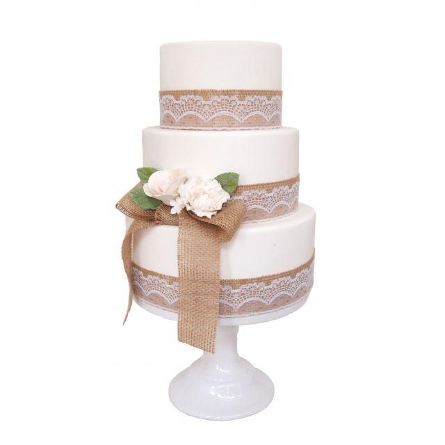 bruidstaart jute strik en rozen | ThePerfectWedding.nl