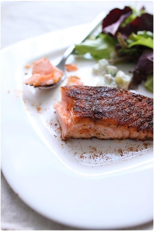 Pavés de saumon en croûte d'épices à cajun