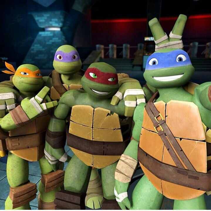 Look raph and Leo and friends awesome moment