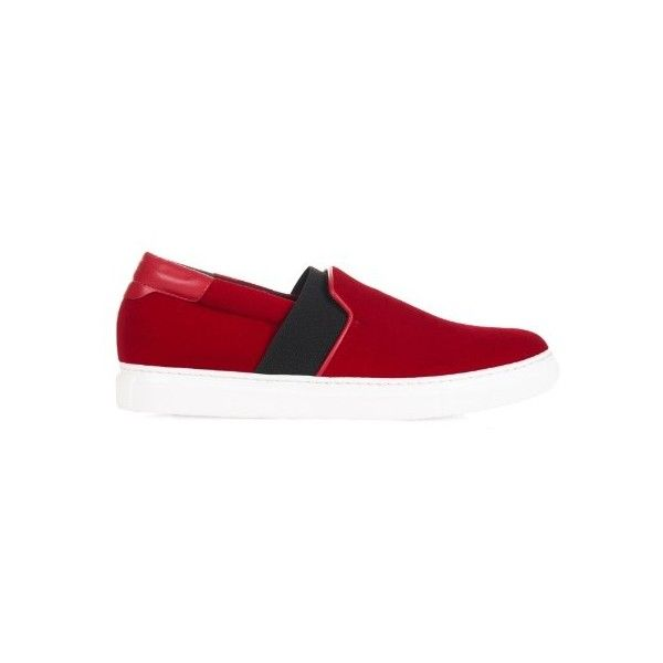 Balenciaga Velvet skate shoes ($595) ❤ liked on Polyvore featuring shoes, sneakers, red, balenciaga, red sneakers, red velvet shoes, red skate shoes and balenciaga sneakers