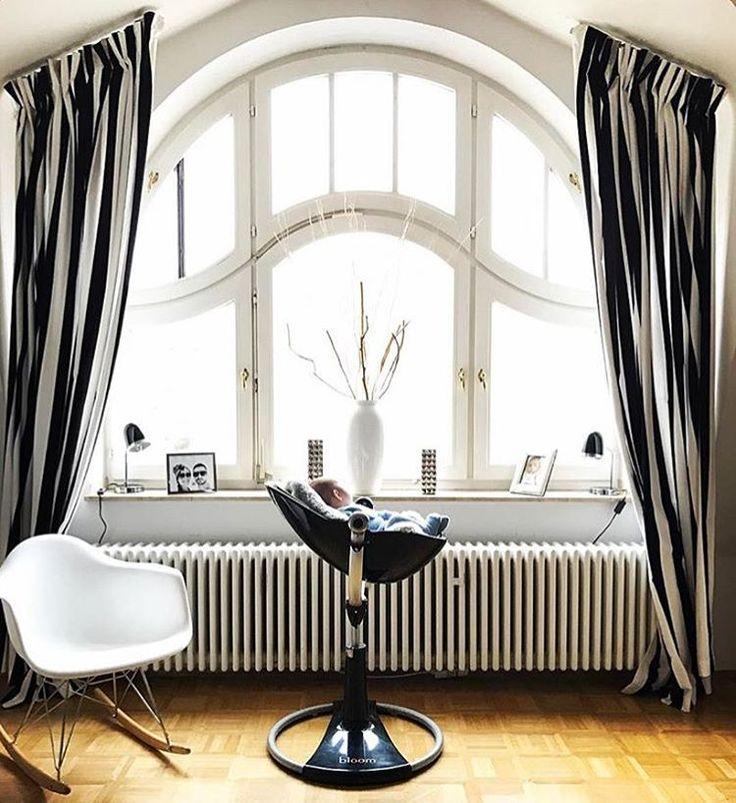 Znalezione obrazy dla zapytania BLOOM BLACK chair