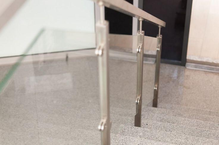 Herra Design |   Balustrade din sticla