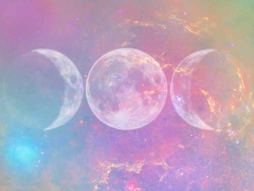 | A Collection of Purple Illustration Art at: http://www.pinterest.com/oddsouldesigns/illustrate-the-rainbow-purples/ #moon #phases