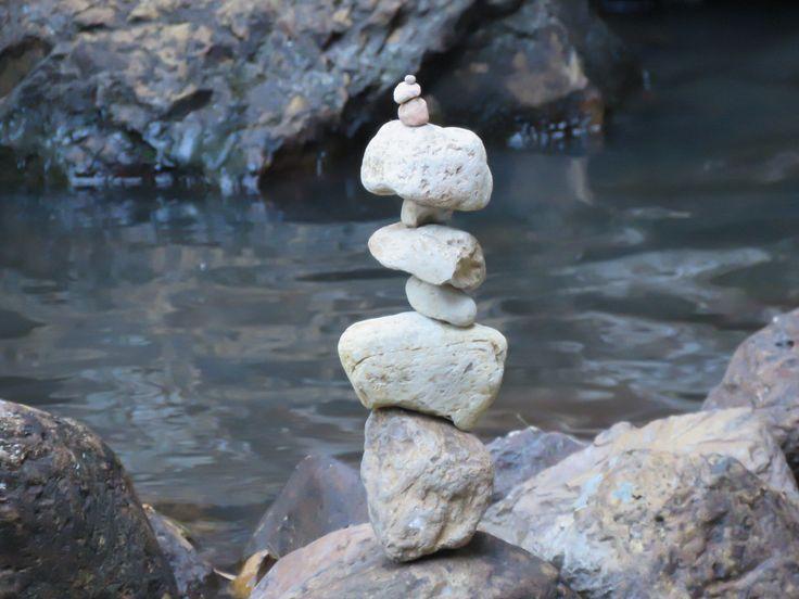 Balancing stones, Minyon Falls