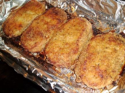 Parmesan Baked Pork Chops Recipe, replace the breadcrumbs in this recipe with crushed pork rinds or maybe almond flour? and voila, low carb.