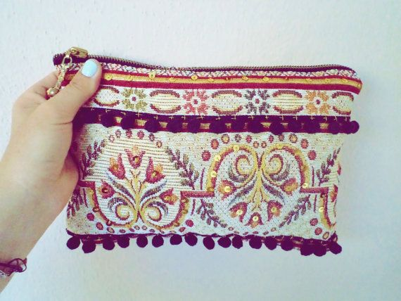 Turkish Traditional Tapestry Oriantal Clutch by PINKJALUZI on Etsy, $29.00