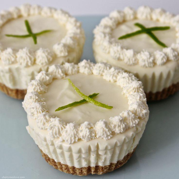 Mini Lime CheesecakesCheesecake Desserts, Cheese Cake, Minis Limes, Minis Dog Qu, Cupcakes, Food, Chees Cake, Cheesecake Recipe, Keys Limes Cheesecake