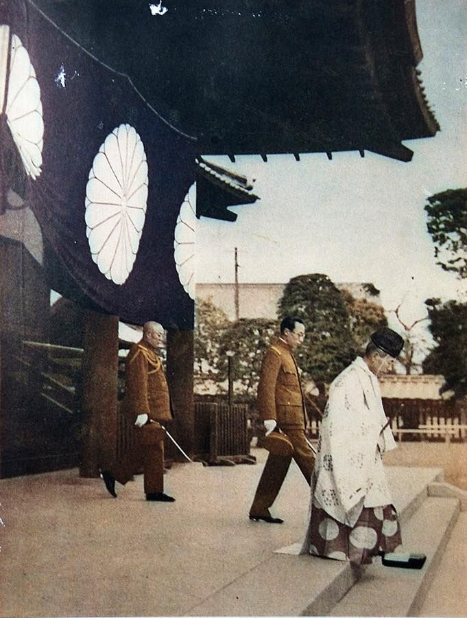 [Photo] Emperor Kangde of the puppet state of Manchukuo at Yasukuni Shrine…