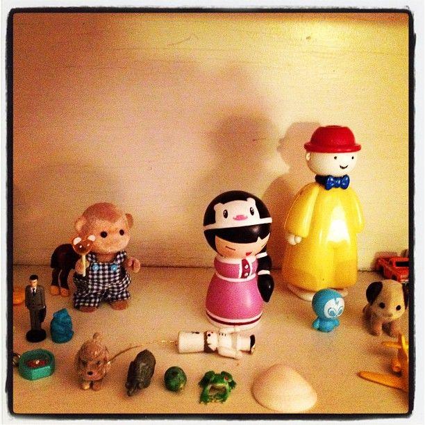 "Patti Digh: ""Tess' tiny things shelf"""