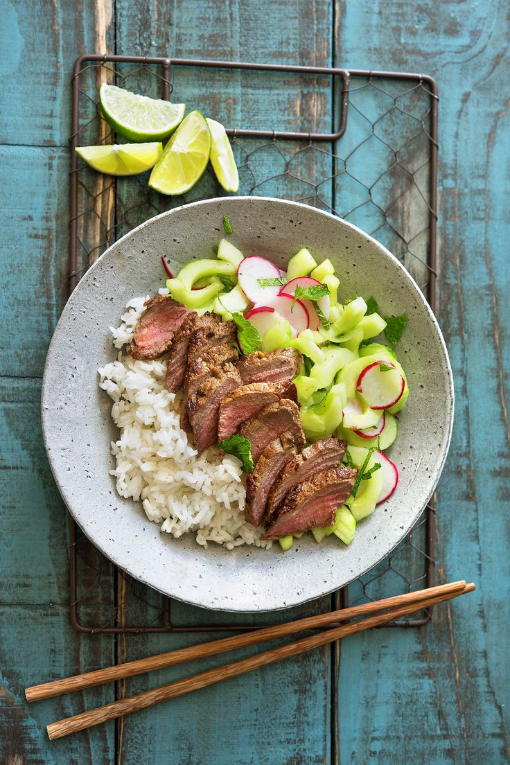In this recipe, you'll learn how to marinate steak and how to quick-pickle veggies! More on HelloFresh.com