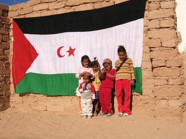 PHOTO: These Saharawi children need #Freedom, not #Morocco. #SaharaLibre #SaharaOccidental #WesternSahara