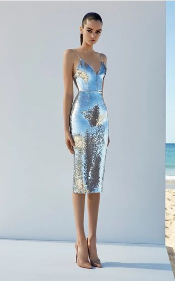 The couture designer knows how to make a woman feel glamorous, attracting fans that include Jennifer Lopez, Isla Fisher and Sandra Bullock. This season it's about shapely silhouettes in a range of lengths, from signature fit-and-flare minis to full-skirted midi dresses that offer Perry's party girl a fresh sophistication.