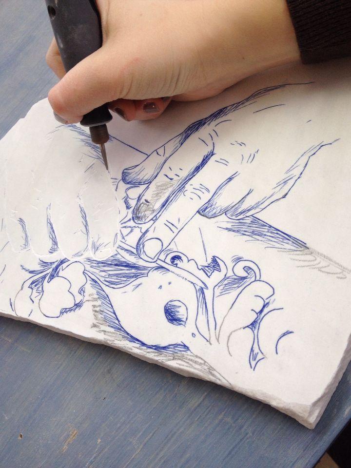 Elettra Tomei - marmo a incisione. Concorso lucca artigianato
