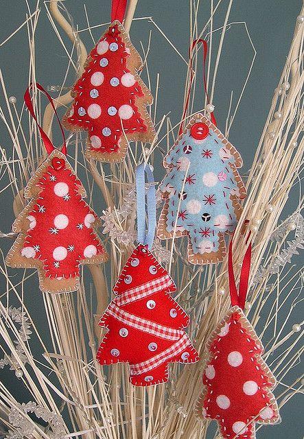 #Felt Christmas trees