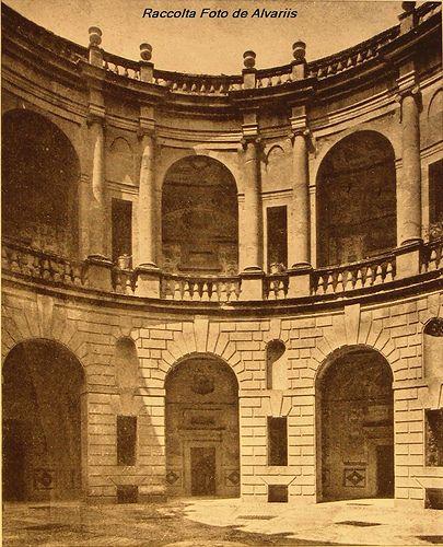 vintage photograph of 1940 - Caprarola Palazzo Farnese cortile - architect Vignola (Foto Anderson)