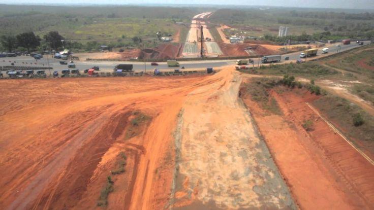 [Aerial Video] Footage Pemantauan Pembuatan Jalan Tol