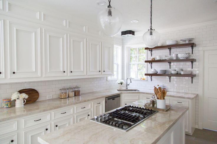Farmhouse kitchen remodel |Interior Designer: Carla Aston | Photographer: Tori Aston