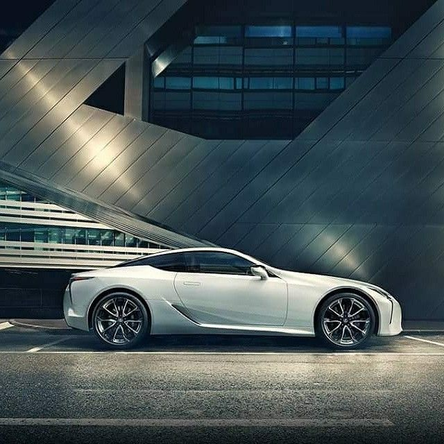 The Lexus Lc500 Is A Luxury Coupe With An Aggressive Face Slit