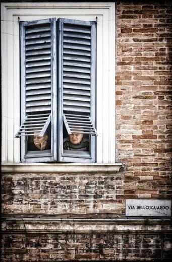 Concorso fotografico Trieste 2012 - La prima assoluta, di Giancarlo Staubann - Via Bellosguardo