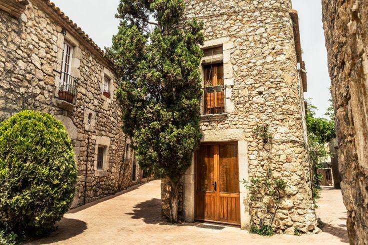 6 pueblos y rincones detenidos en el tiempo en la provincia de Girona (que tal vez desconocías)